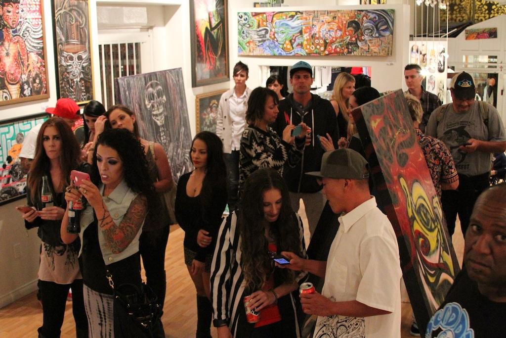crowdshot_artshow_gcs_gcssantaana_dtsa_gcsdtsa_gallery_blackflys_losrobo