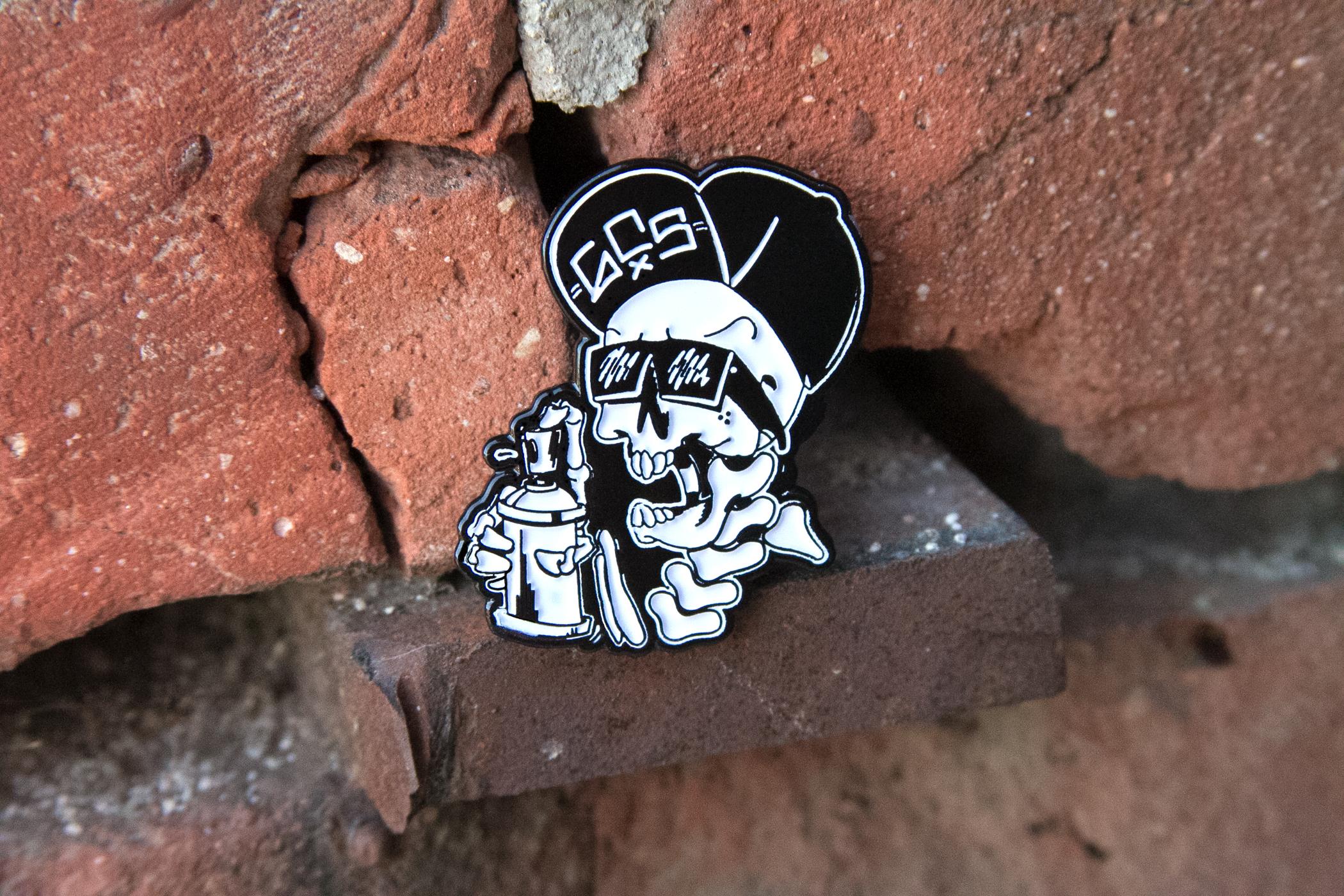 Skull Pin graffiti streetwear GCS