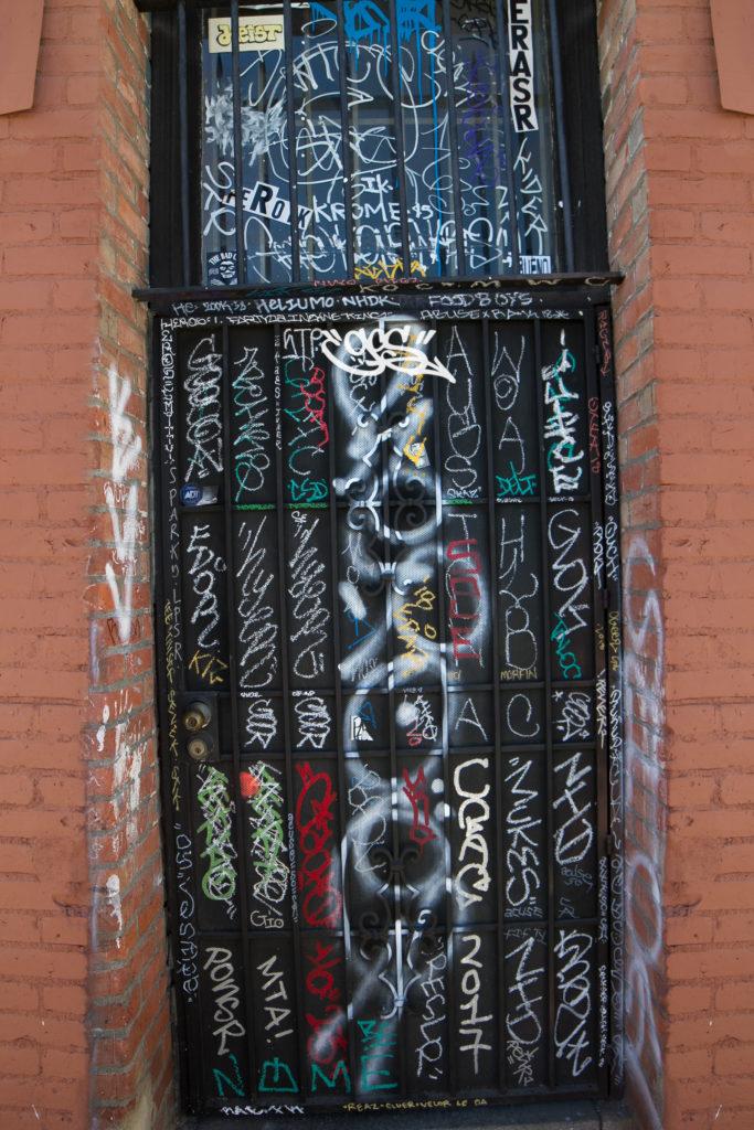 Santa Ana graff